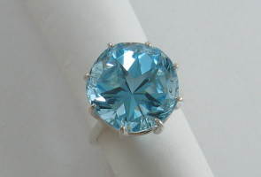 Large Texas star ring - Lone Star Cut topaz, 16.2mm