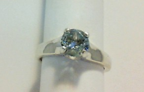 Sky blue topaz with Lone Star Cut on culette and on crown